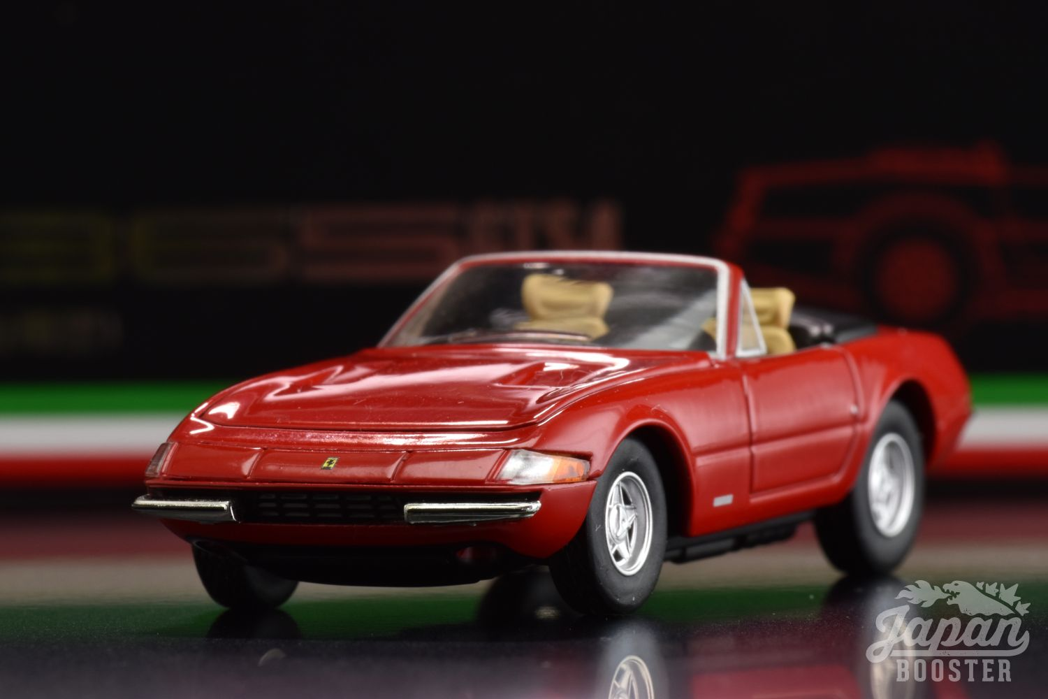 LV-FERRARI 365 GTS4 Red